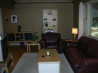 Photo 2: 9251 - 81 Street: House for sale (Holyrood)  : MLS®# e3064385