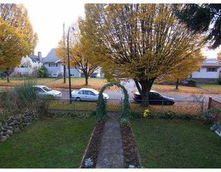 Photo 2: 123 E 64 Avenue in Vancouver: South Vancouver House for sale (Vancouver East)  : MLS®# V744425