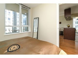"Photo 10: 1203 1001 RICHARDS Street in Vancouver: Downtown VW Condo for sale in ""MIRO"" (Vancouver West)  : MLS®# V1029067"