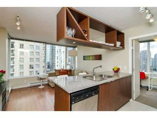 "Photo 2: 1203 1001 RICHARDS Street in Vancouver: Downtown VW Condo for sale in ""MIRO"" (Vancouver West)  : MLS®# V1029067"