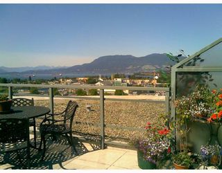 Photo 13: 1102 1570 7TH Ave W in THE TERRACES ON 7TH: Fairview VW Home for sale ()
