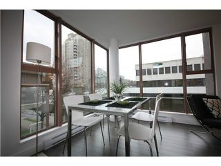 Photo 12: 305 1633 W 8TH Avenue in Vancouver: Fairview VW Condo for sale (Vancouver West)  : MLS®# V1056402