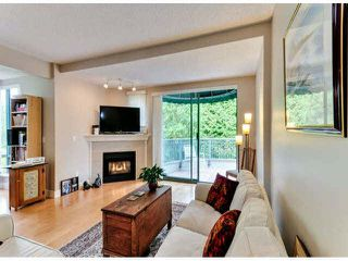 "Photo 7: 306 1745 MARTIN Drive in Surrey: Sunnyside Park Surrey Condo for sale in ""SOUTHWYND"" (South Surrey White Rock)  : MLS®# F1425130"