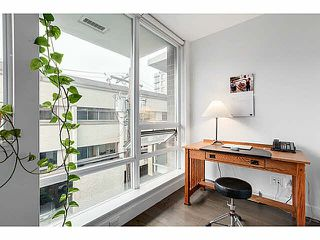 "Photo 7: 202 1675 W 8TH Avenue in Vancouver: Fairview VW Condo for sale in ""CAMERA"" (Vancouver West)  : MLS®# V1103959"