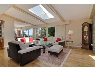 Photo 8: 91 BONNYMUIR Drive in West Vancouver: Glenmore House for sale : MLS®# V1127395