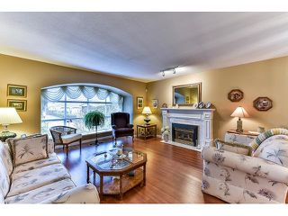 Photo 3: 8863 157A Street in Surrey: Fleetwood Tynehead House for sale : MLS®# R2029205