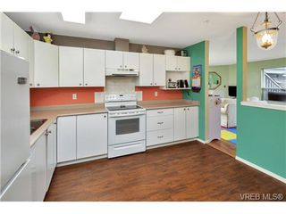 Photo 10: 303 7143 West Saanich Rd in BRENTWOOD BAY: CS Brentwood Bay Condo for sale (Central Saanich)  : MLS®# 721693