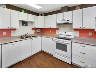Photo 8: 303 7143 West Saanich Rd in BRENTWOOD BAY: CS Brentwood Bay Condo for sale (Central Saanich)  : MLS®# 721693