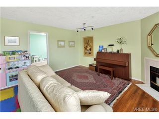 Photo 4: 303 7143 West Saanich Rd in BRENTWOOD BAY: CS Brentwood Bay Condo for sale (Central Saanich)  : MLS®# 721693
