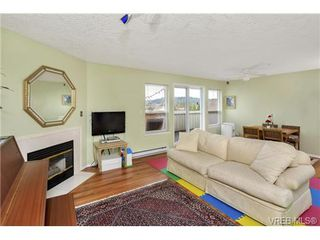Photo 2: 303 7143 West Saanich Rd in BRENTWOOD BAY: CS Brentwood Bay Condo for sale (Central Saanich)  : MLS®# 721693