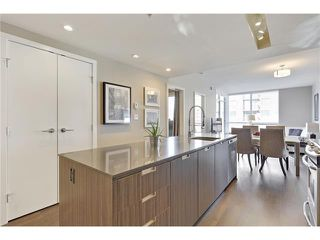 Photo 3: 1101 626 14 Avenue SW in Calgary: Beltline Condo for sale : MLS®# C4051269