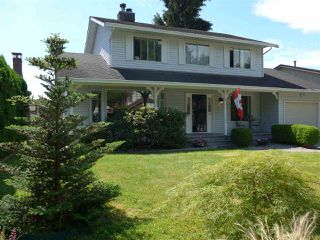 Photo 1: 20444 90 Crescent in Langley: Walnut Grove House for sale : MLS®# R2076855