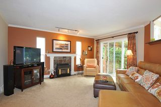 Photo 3: 20832 WICKLUND Avenue in Maple Ridge: Northwest Maple Ridge House for sale : MLS®# R2093654