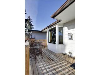 Photo 2: 4 HAULTAIN Place SW in Calgary: Bungalow for sale : MLS®# C3545547