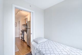 Photo 4: 705 689 ABBOTT Street in Vancouver: Downtown VW Condo for sale (Vancouver West)  : MLS®# R2117094
