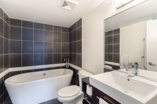 Photo 8: 705 689 ABBOTT Street in Vancouver: Downtown VW Condo for sale (Vancouver West)  : MLS®# R2117094