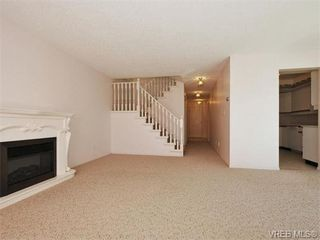 Photo 4: 3 9904 Third St in SIDNEY: Si Sidney North-East Row/Townhouse for sale (Sidney)  : MLS®# 745522