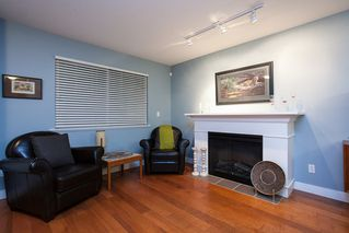 "Photo 3: 27 6555 192A Avenue in Surrey: Clayton Townhouse for sale in ""Carlisle"" (Cloverdale)  : MLS®# R2121708"