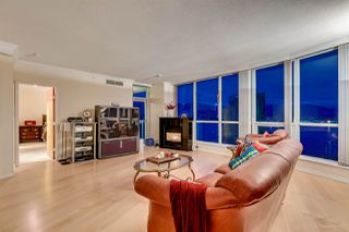 "Photo 3: 3301 1111 W PENDER Street in Vancouver: Coal Harbour Condo for sale in ""VANTAGE"" (Vancouver West)  : MLS®# R2131513"