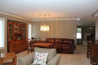 Photo 8: 21070 LAKEVIEW Crescent in Hope: Hope Kawkawa Lake House for sale : MLS®# R2138972