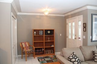 Photo 10: 21070 LAKEVIEW Crescent in Hope: Hope Kawkawa Lake House for sale : MLS®# R2138972