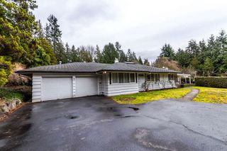 "Photo 3: 557 HADDEN Drive in West Vancouver: British Properties House for sale in ""British Properties"" : MLS®# R2140213"