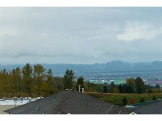 Photo 2: 3537 SUMMIT Drive in Abbotsford: Abbotsford West House for sale : MLS®# R2140843