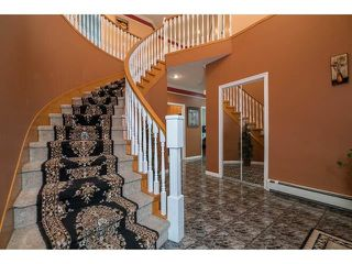 Photo 3: 3537 SUMMIT Drive in Abbotsford: Abbotsford West House for sale : MLS®# R2140843