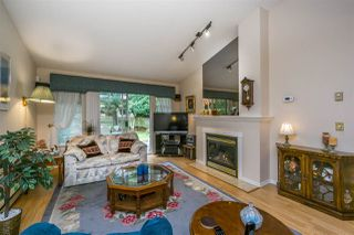 """Photo 9: 30 8737 212 Street in Langley: Walnut Grove Townhouse for sale in """"Chartwell Green"""" : MLS®# R2142745"""