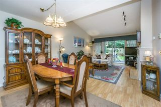 """Photo 8: 30 8737 212 Street in Langley: Walnut Grove Townhouse for sale in """"Chartwell Green"""" : MLS®# R2142745"""