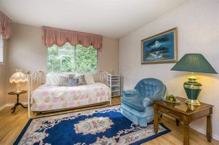 """Photo 12: 30 8737 212 Street in Langley: Walnut Grove Townhouse for sale in """"Chartwell Green"""" : MLS®# R2142745"""