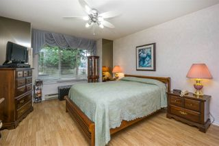 """Photo 13: 30 8737 212 Street in Langley: Walnut Grove Townhouse for sale in """"Chartwell Green"""" : MLS®# R2142745"""