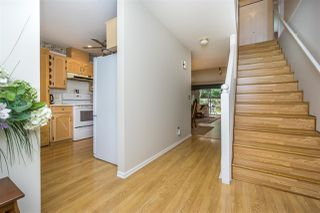 """Photo 3: 30 8737 212 Street in Langley: Walnut Grove Townhouse for sale in """"Chartwell Green"""" : MLS®# R2142745"""