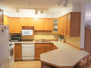 Photo 10: 307 25 RICHMOND Street in New Westminster: Fraserview NW Condo for sale : MLS®# R2148739