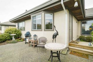Photo 2: 1 12925 17 Avenue in Surrey: Crescent Bch Ocean Pk. Townhouse for sale (South Surrey White Rock)  : MLS®# R2152668