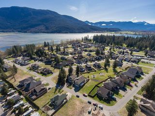 """Photo 3: 50 14550 MORRIS VALLEY Road in Harrison Mills: Lake Errock House for sale in """"River Reach Estates"""" (Mission)  : MLS®# R2154017"""