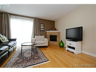 Photo 8: 106 2680 Peatt Rd in VICTORIA: La Langford Proper Row/Townhouse for sale (Langford)  : MLS®# 756711