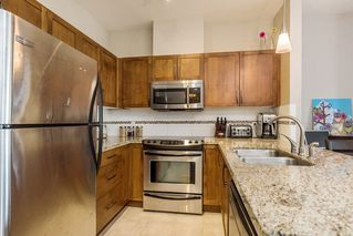 Photo 7: 305 11950 HARRIS Road in Pitt Meadows: Central Meadows Condo for sale : MLS®# R2158872