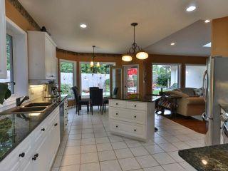 Photo 6: 1001 Windsor Dr in QUALICUM BEACH: PQ Qualicum Beach House for sale (Parksville/Qualicum)  : MLS®# 761787