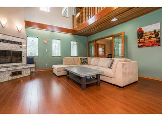 Photo 4: 913 MADORE Avenue in Coquitlam: Central Coquitlam House for sale : MLS®# R2176271
