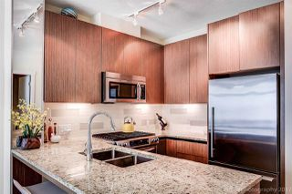 "Photo 2: 212 135 W 2ND Street in North Vancouver: Lower Lonsdale Condo for sale in ""CAPSTONE"" : MLS®# R2190444"