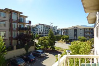 Photo 13: 303 9186 EDWARD STREET in Chilliwack: Chilliwack W Young-Well Condo for sale : MLS®# R2200467