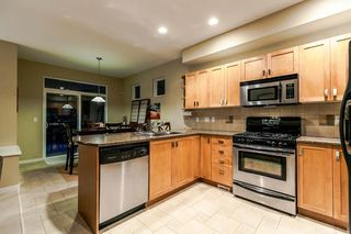 "Photo 7: 133 FERNWAY Drive in Port Moody: Heritage Woods PM 1/2 Duplex for sale in ""ECHO RIDGE"" : MLS®# R2204262"
