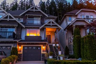 "Photo 1: 133 FERNWAY Drive in Port Moody: Heritage Woods PM 1/2 Duplex for sale in ""ECHO RIDGE"" : MLS®# R2204262"