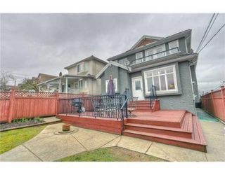Photo 1: 2496 E 3RD AV in Vancouver: House for sale : MLS®# V878655