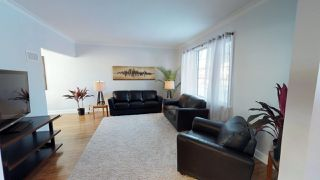 Photo 3: River Heights Bungalow for sale at 442 Niagara Stree!