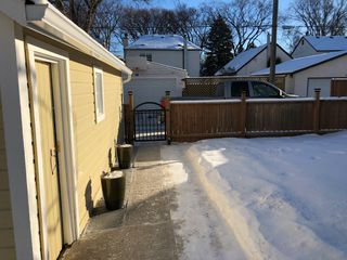 Photo 21: River Heights Bungalow for sale at 442 Niagara Stree!
