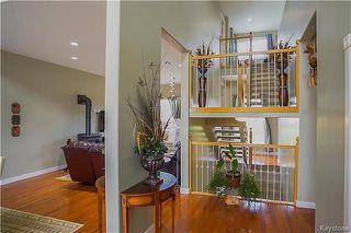 Photo 2: 1221 Fairfield Avenue in Winnipeg: Fairfield Park Residential for sale (1S)  : MLS®# 1804780