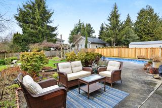 "Photo 18: 5445 185 Street in Surrey: Cloverdale BC House for sale in ""HUNTER PARK"" (Cloverdale)  : MLS®# R2243893"