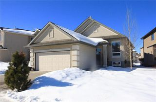 Main Photo: 391 EVERGLADE Circle SW in Calgary: Evergreen House for sale : MLS®# C4170534